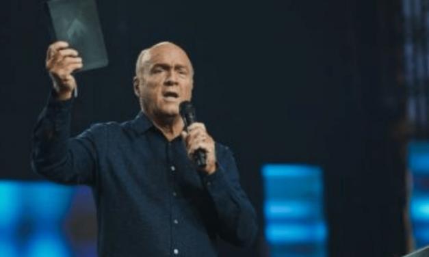 Pastor GREG LAURIE: El Día Nacional de Oración es el jueves 6 de mayo